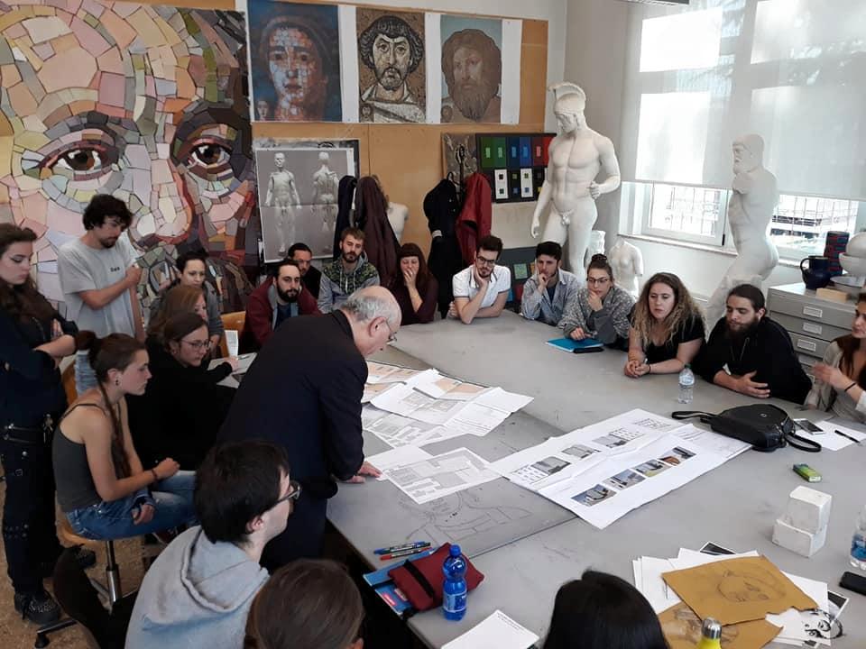 Arch. Coretti con gli allievi della Scuola