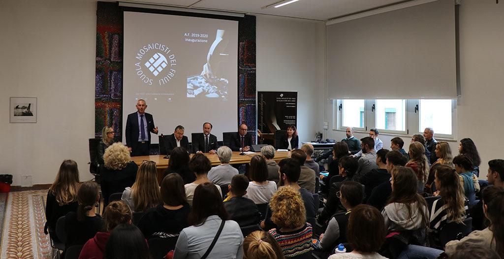 cerimonia inaugurale saluto del consigliere regionale Alessandro Basso