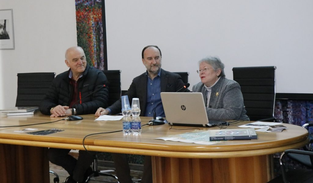 the speakers: Mayor of Sequals Enrico Odorico, president of the Scuola Mosaicisti del Friuli Stefano Lovison, author Patrizia Bisson