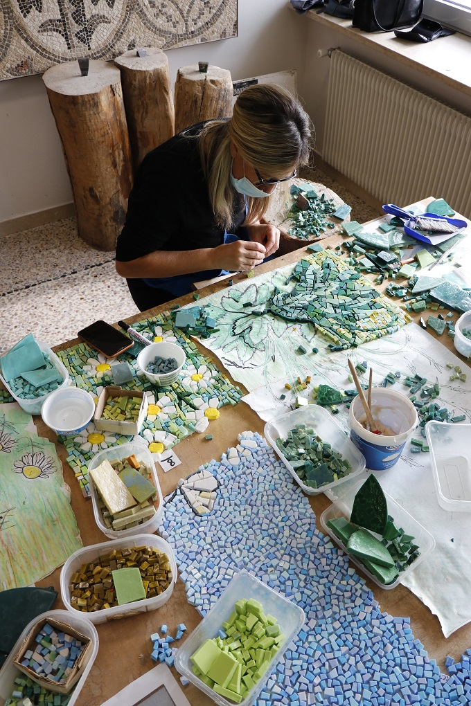 working of the Monfalcone mosaic